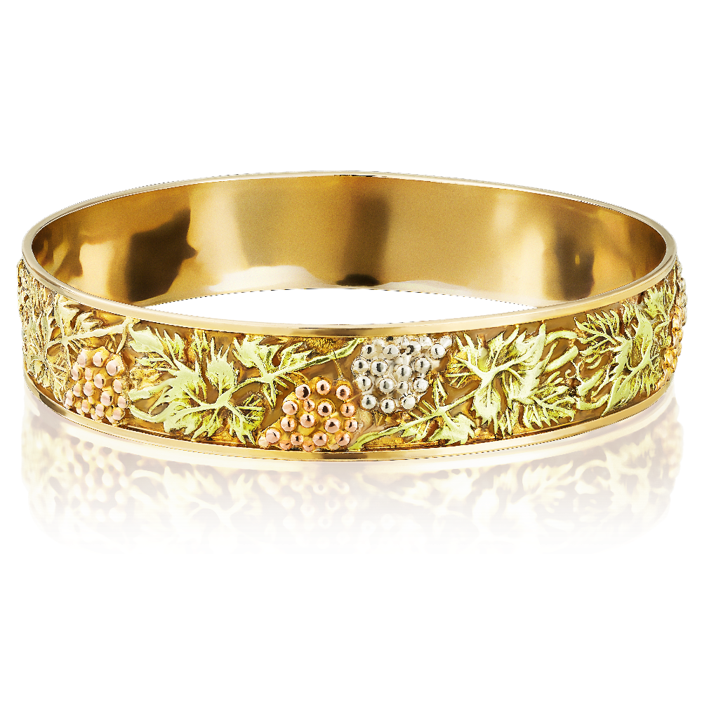 18ct Gold Slave Bangle Embossed With Grapevines